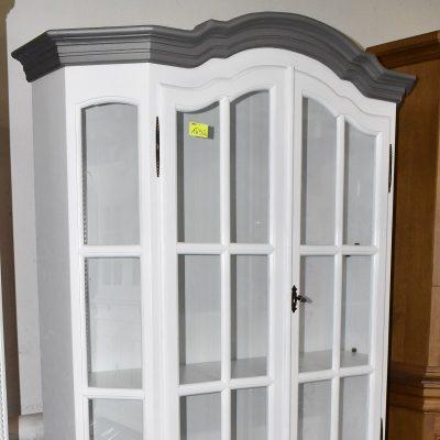 cena: 1650 zł; szer: 124 cm; gł: 42 cm; wys: 190 cm (Witryna po renowacji, biel + szary z drobinkami)