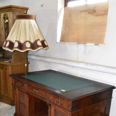 cena: 2150 zł biurko antyczne całe drewniane, szer: 130 cm x gł: 80 cm; wys: 80 cm