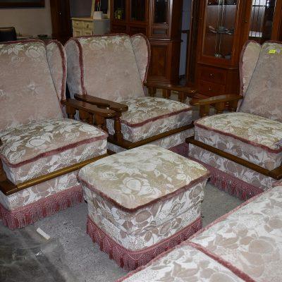 cena: 1590 zł; sofa 3-osobowa + 3  fotele + pufa