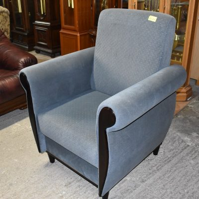 cena: 820 zł; szer: 84 cm; gł: 71 cm; wys całkowita: 104 cm; wys siedziska: 47 cm
