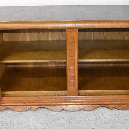 Dębowy kufer cena: 630 zł; szer: 130 cm; gł: 60 cm; wys: 66 cm