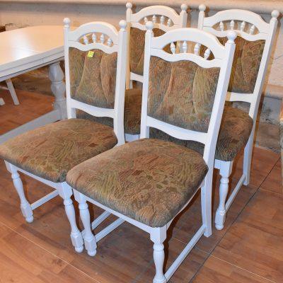 cena: 205 zł/szt; szer: 50 cm; gł: 50 cm; wys całkowita: 97 cm; wys siedziska: 51 cm (siedziska sprężynowe, stelaż dębowy zmalowany w śnieżnej bieli)
