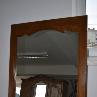 Lustro 66 cm x  81 cm