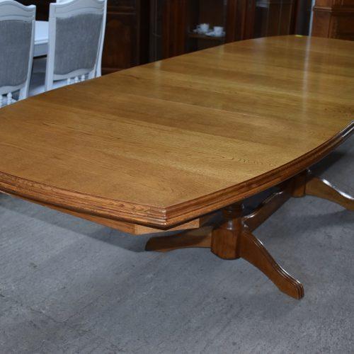 cena: 990 zł; dł: 150 cm + 3 x 40 cm; szer: 100 cm; wys: 77 cm (duży rozkładany, debowy stół)